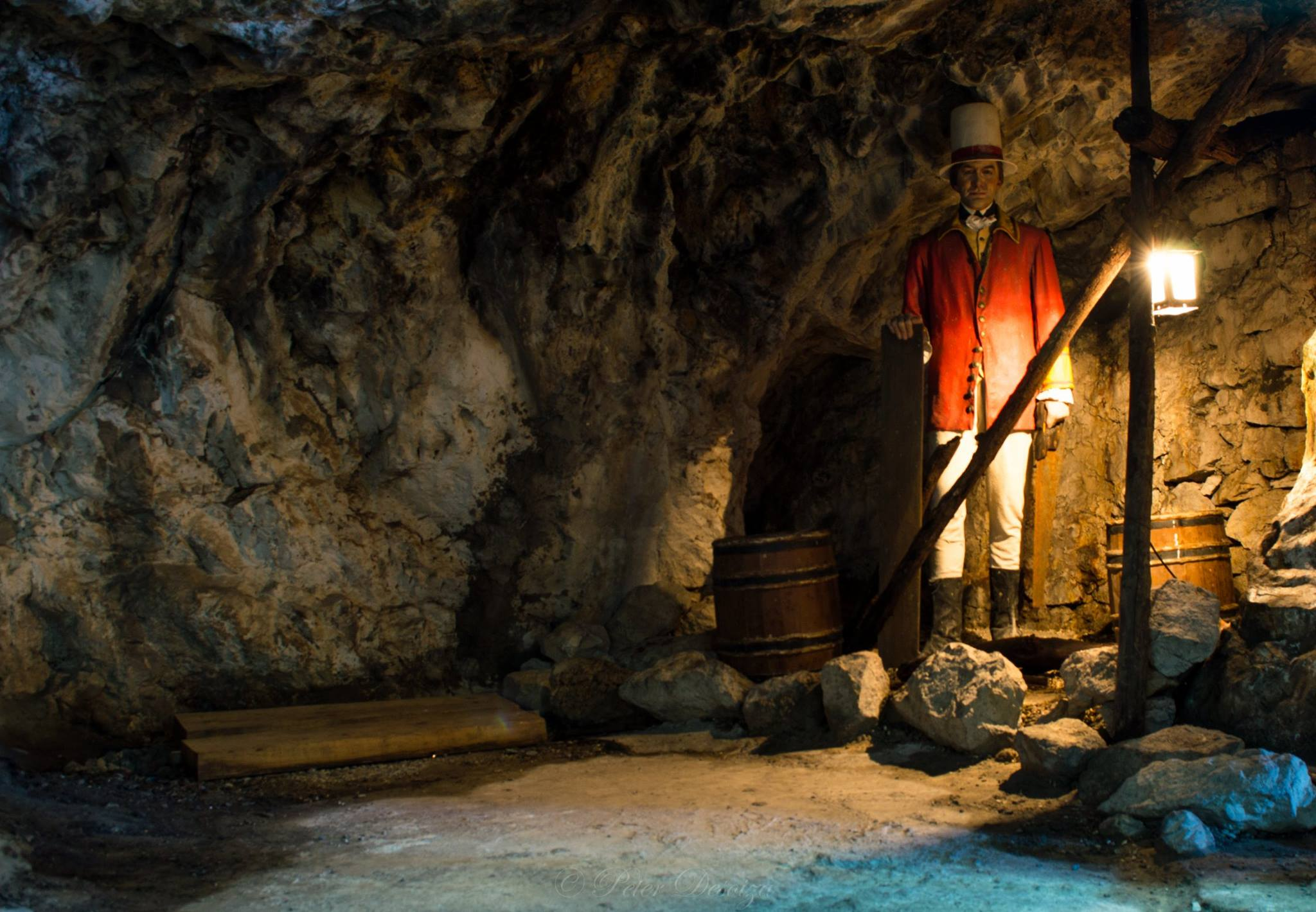 gibraltar-cave-with-a-wax-model