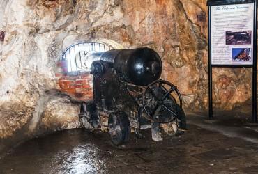 gibraltar-cannon